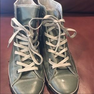 Converse green leather chuck shoes